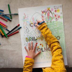 Com um brilhozinho nos olhos - A Venda portugues design grafico