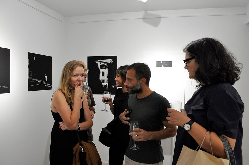 Photography exhibition Rasgos by voodoolx at apaixonarte