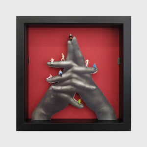 dolls hands frame